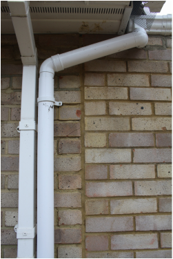 AB Conservatories did this guttering. Visit this site for an honest review of AB Conservatories Ltd's work.